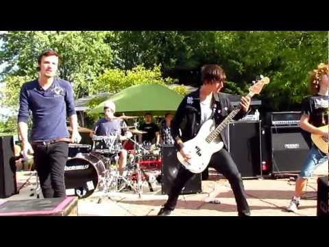 Abide By Me - Denouncer live @ the final Fallen Fortune Productions and Whitewater show.