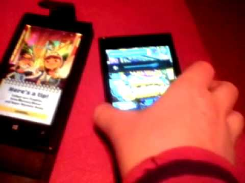 Nokia lumia 520 vs medion life p4502-subway surfer