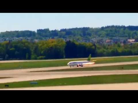Boeing 737, Baltic Air, take off in Zürich