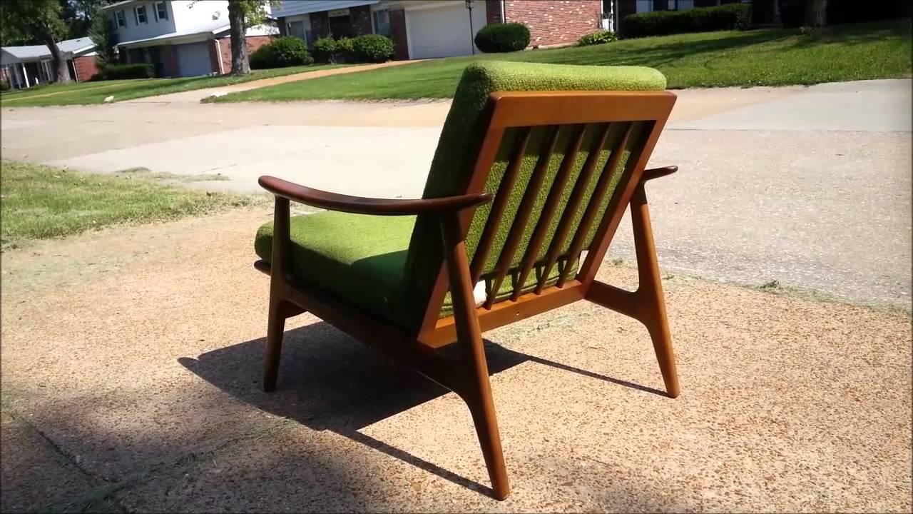 05 Pair Danish Lounge Chairs