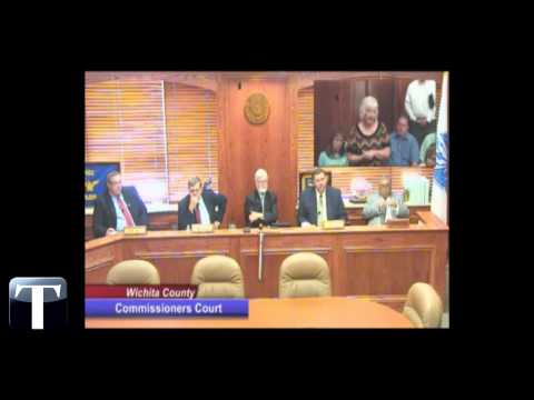 Watch: Wichita County court administrator says she'll quit without raises