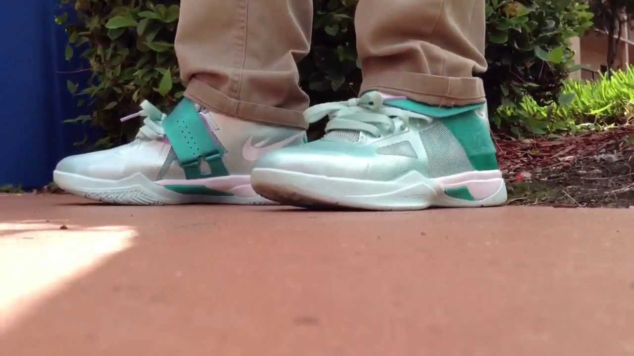 442daf3a726c Nike Kd 4 Easter (Gs) Commercial - YouTube