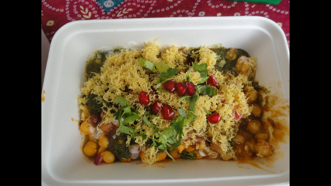 Indian Street Food - Chana Chaat / Samosa Chaat from the ...