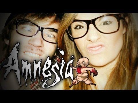 MY GIRLFRIEND PLAYS AMNESIA - Amnesia:...