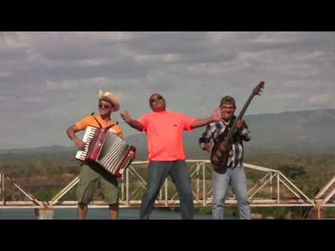 La Trenzuda  La Maquina De El Salvador