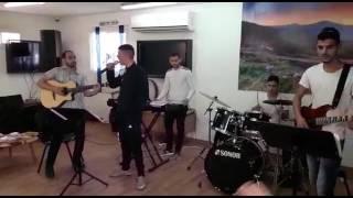 נערי מרכז נוער בביתר עילית שרים לכבוד ביקור השר לביטחון פנים