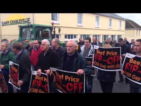 IFA Protest, Dawn Meats, Charleville, Cork. 27/10/2014