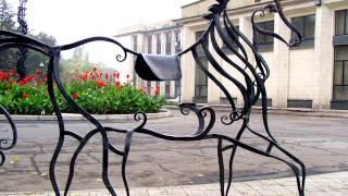 Кованая лошадь силуэт из металла ковка в Днепропетровске Днепре