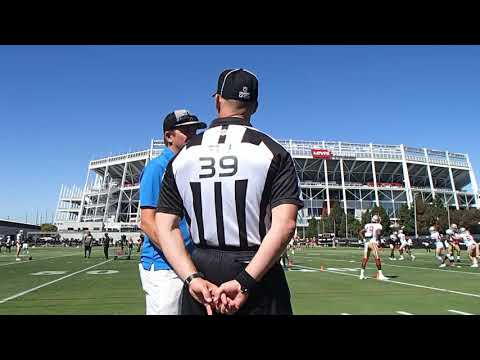 san-francisco-49ers-training-camp-august-2,-2019-referee-&-cam-inman-and-referee-&-49ers-fans
