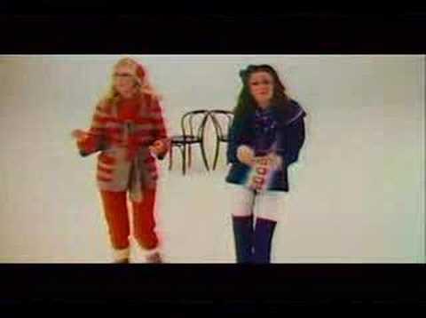 ABBA - Dancing Queen (lyrics)
