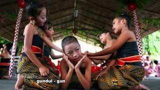 Gambar cover GUNDUL-GUNDUL PACUL DAN MAKNANYA
