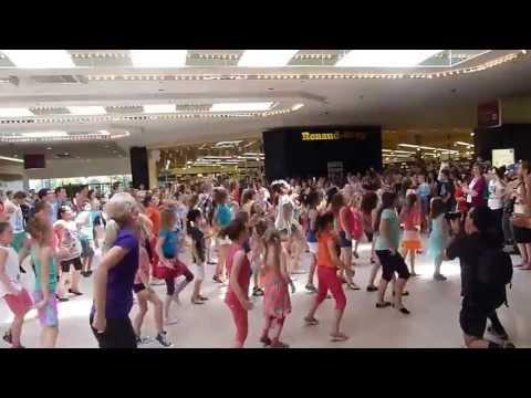 Flashmob Promenade De L'Outaouais, Gatineau QC 2013 06 09