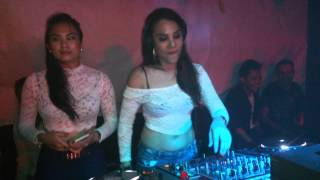 """Local dj lisa qash the best spinning"""