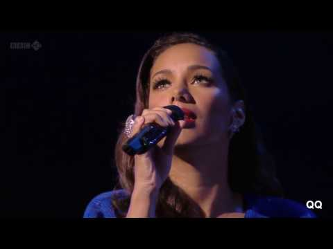 [Full HD] Tony Bennett + Leona Lewis - Who can I turn to (Official live)