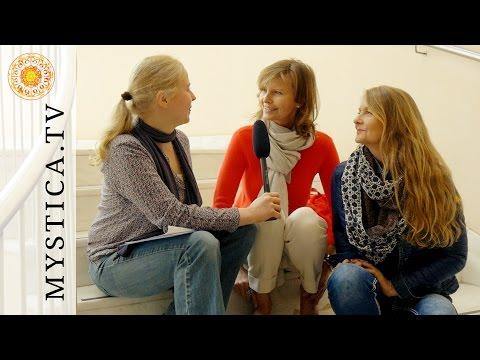 Sabrina Fox & Rita Fasel - Unsere Füße (MYSTICA.TV)