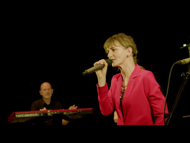 LOVE RUNS OUT - Voices And Music - Partyband, Coverband, Tanzband, Hochzeitsband, Liveband