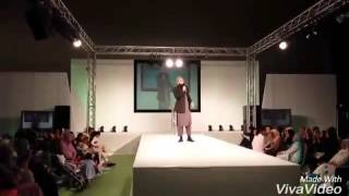 Gustakh e Rasool JUNAID JAMSHED reciting a NAAT in fashion show in front of GAIR MOHRAM(LADIES)