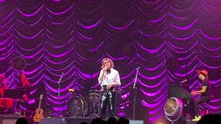A Case Of You Brandi Carlile covering Joni Mitchell at The Garden NYC 9 14 19.mp3