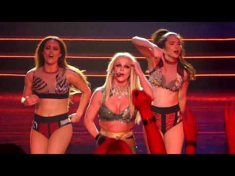 Britney Spears 27 October 2017 - Toxic, Stronger, Crazy, Til the world ends