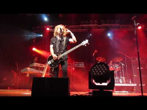 Revolution Saints - Coming Of Age (Damn Yankees cover) @ FRF4, Italy, 2017