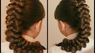 Коса трёхпрядная  Очень просто  Видео урок для новичков в косоплетении  Красивая коса(Красивая причёска. Плетение. Причёски на каждый день. Косы для школы. Причёски. Косы. Видео-уроки. Идеи. Все..., 2015-09-12T08:51:15.000Z)