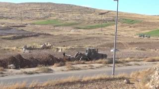 2016-06-11 Israeli military forces keep blocking the access roads to Yatta
