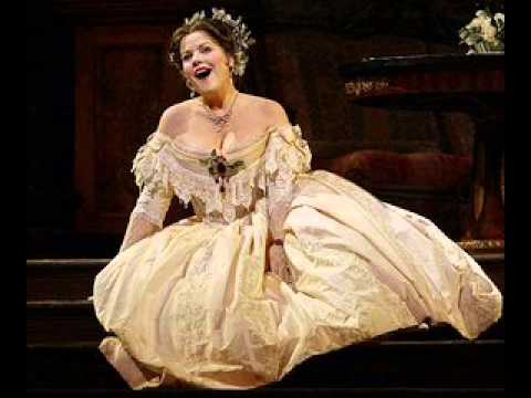 Renee Fleming's E6 and Bb6 as Countess Folleville
