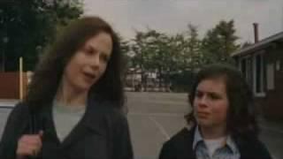 MARGOT Y LA BODA - Tráiler en español