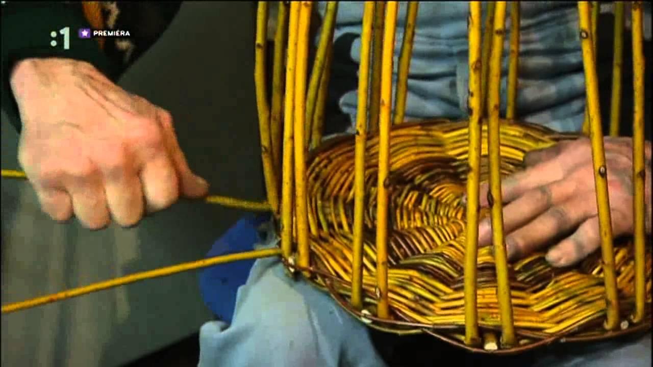 f9f1c5541 Pletenie košíka z prútia - YouTube