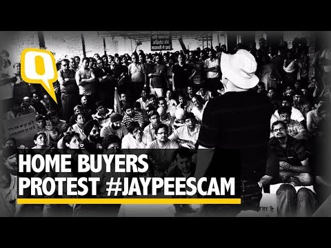 Watch: Home Buyers Protest #JaypeeScam, Threaten Hunger Strike - The Quint