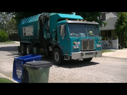 City of Los Angeles Bureau of Sanitation - He's Back!
