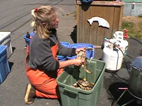 Deep sea fishing crabbing depoe bay oregon rockfish for Depoe bay fishing report