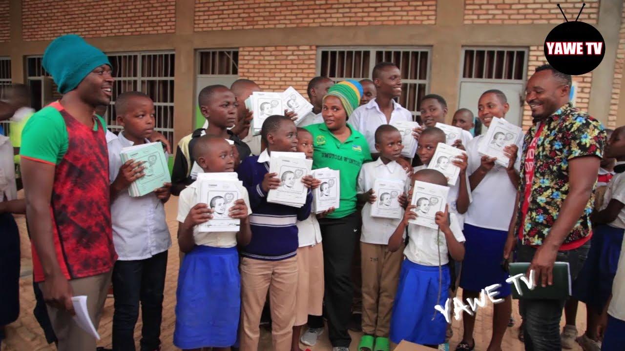 Mutimawurugo ugiye kuzenguruka u Rwanda  / yatunguranye akora  igikorwa cyakoze benshi k'umutim