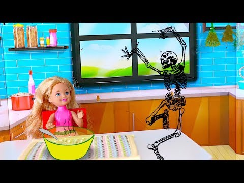 Play Barbie Doll Kitchen Toys! Chelsea Baby Doll: SOUP or Skeleton Dance? Nursery Rhymes for kids