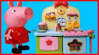 粉紅豬小妹佩佩豬用廚房玩具做飯做果汁