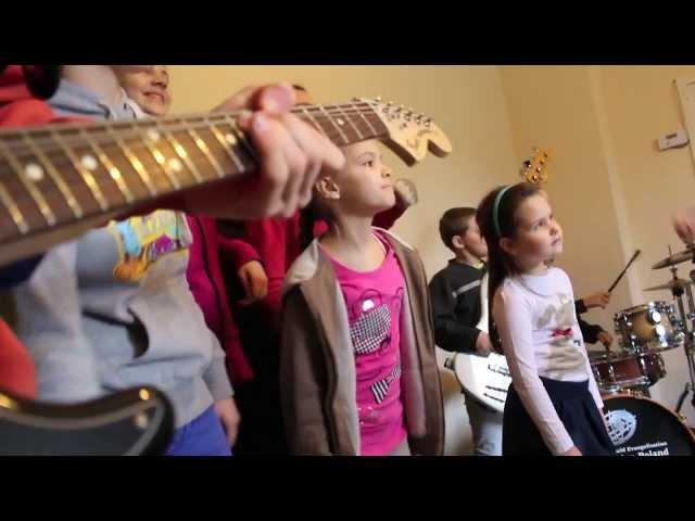 Armia Dzieci - Wśród nocnej ciszy (Aby mógł wkroczyć Król Chwały - kolęda)