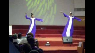 Praise Dance - Let Us Worship Him