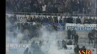 hooligans болельщики  Roma против болельщиков Lazio.AVI
