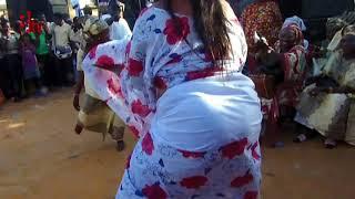 wawww!!! du vrai Leumbeul lors de l'accueil du ministre de la femme chez le ministre du budget