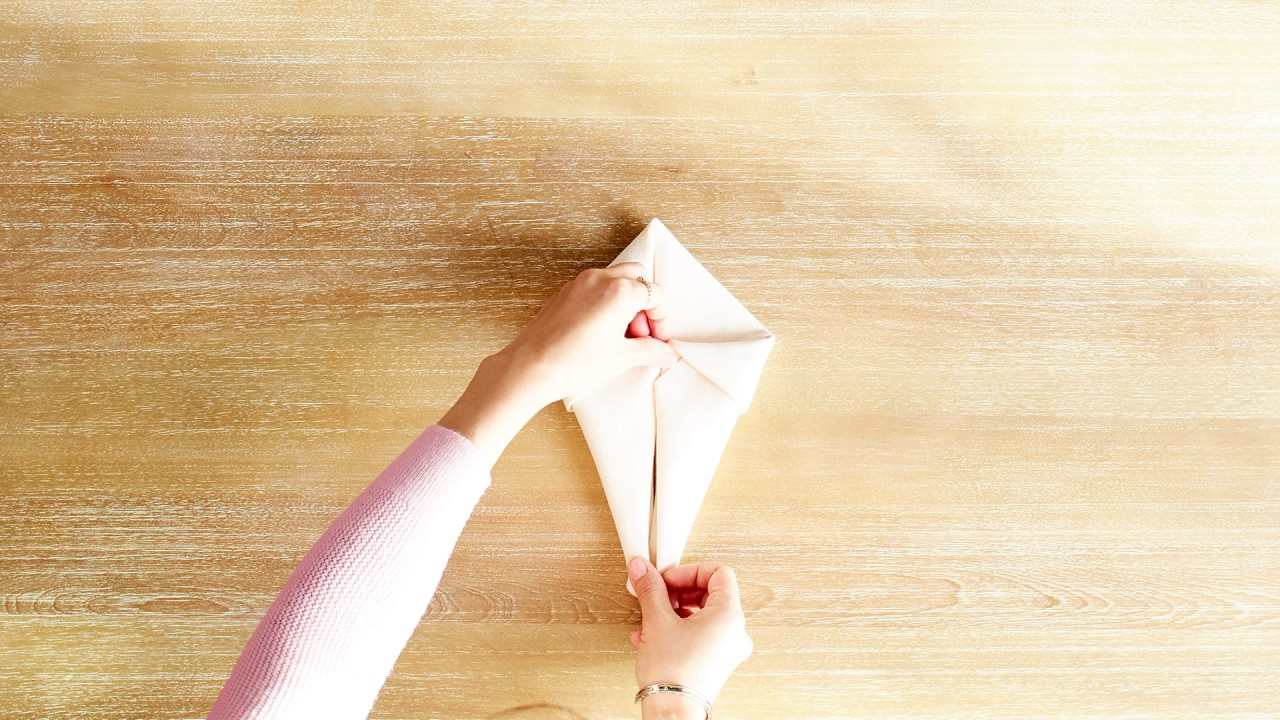 How to make a figure from napkins Volumetric figures from napkins