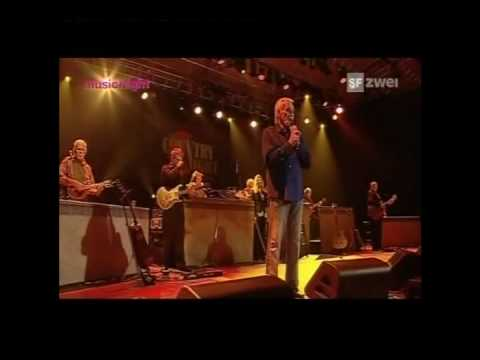 Kenny Rogers - Coward Of The County LIVE