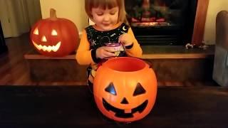 Giant Spider Attacks Cute Little Girl | Magic Baby Accidentally Transforms Huge Tarantula