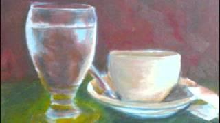 Vaso de agua y taza de cafe.wmv