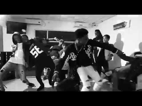 Rboy Madjoro Estou A Cair Teaser(by Peter Video Pd)