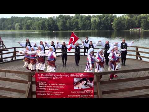 Troya Folk Dance Association, (group Black Sea)