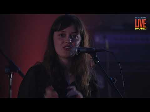 ❁ ANNIE BURNELL | En direct depuis la Gaité Lyrique.