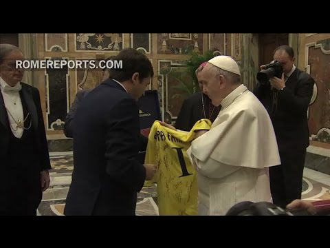 Pope Francis to Villarreal soccer players: In life, like in sports, you have to play as a team