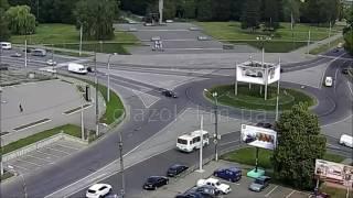 Авария легковых автомобилей. Круг на Темпе. 25.06.2016.