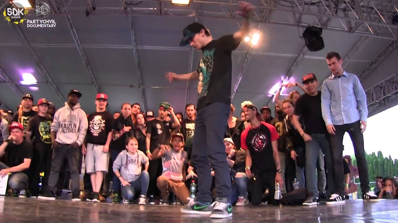SDK.2014 KRUMP BATTLE TOP 8 BOY GULLY (RUS) vs UGLY FATE ...