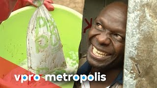 Pooping in a bag in Kenya for a cleaner neighborhood - vpro Metropolis thumbnail